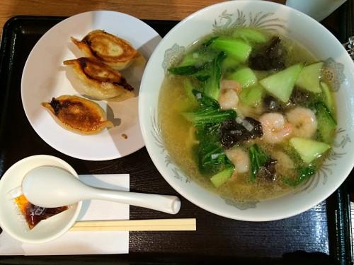 エビ湯麺と餃子セット