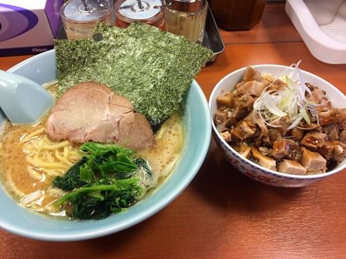 醤油豚骨ラーメン+チャーシュー丼