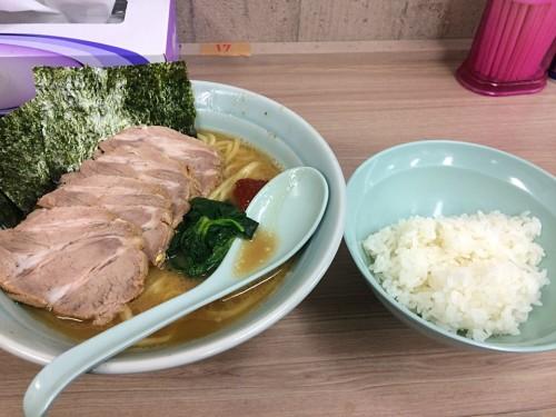 チャーシューメン+赤辛+半ライス