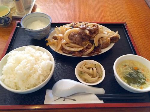 洋葱牛肉(牛肉の玉ねぎ炒め定食)