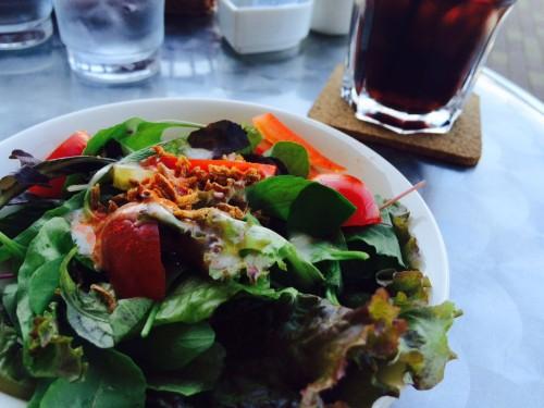 カレーランチのサラダ