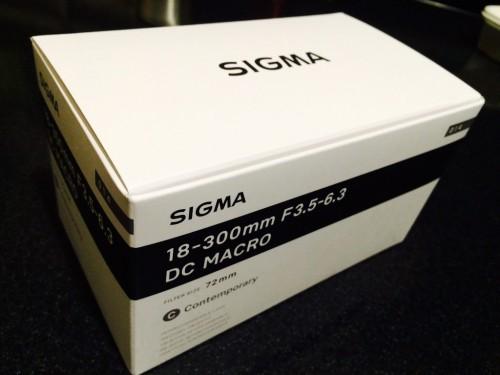 SIGMA_18-300_01