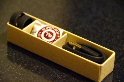 Concha lock、イヤーピース、USBケーブル