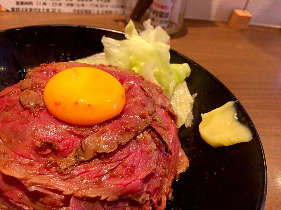 レアローストビーフ丼