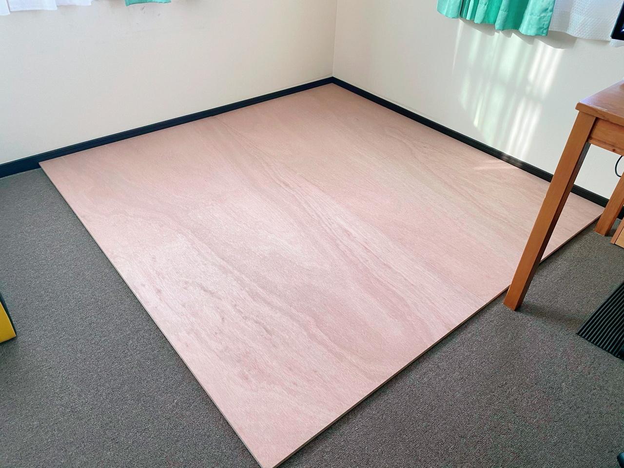 3×6尺の合板2枚